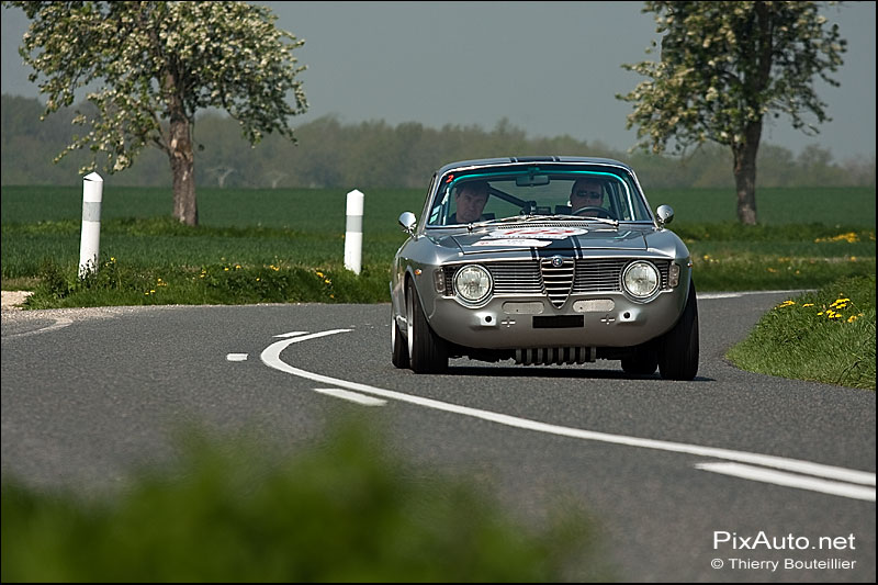 Alfa Romeo Giulia Sprint, tour auto optic 2000