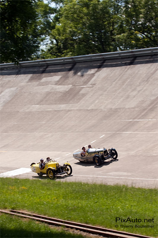 Tricyclecars Darmont autodrome heritage festival