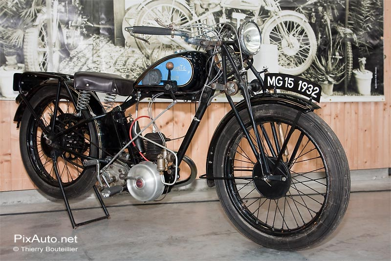 Motocyclette Monet et Goyon, salon Automedon