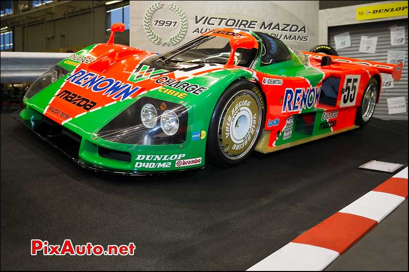 Mazda 787B LM salon retromobile
