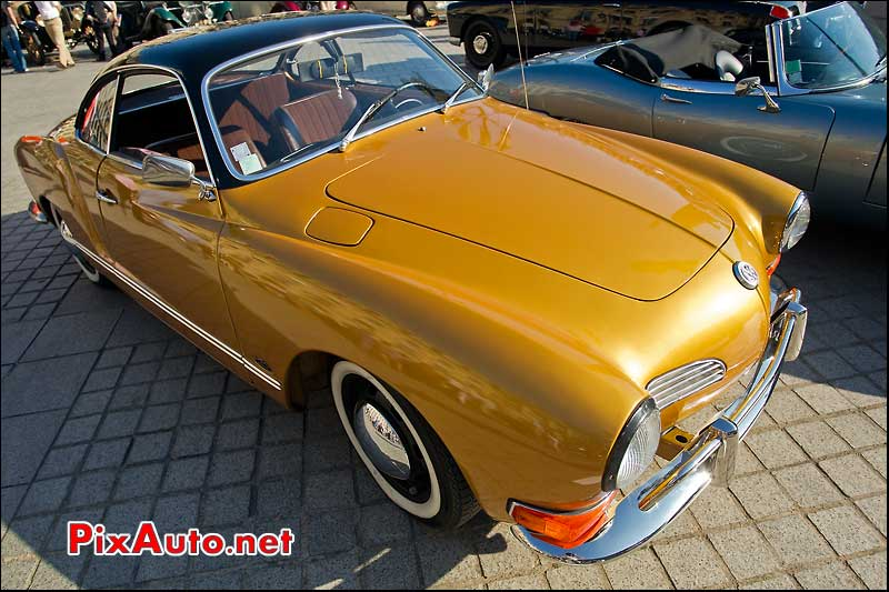 Karmann Ghia rallye paris deauville place vendome