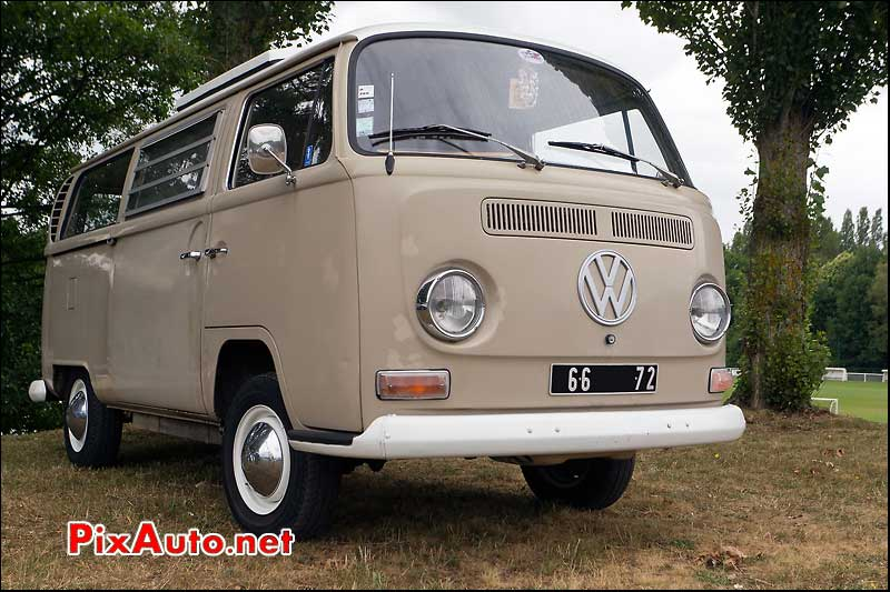 vw combi a saint saturnin classic british welcome