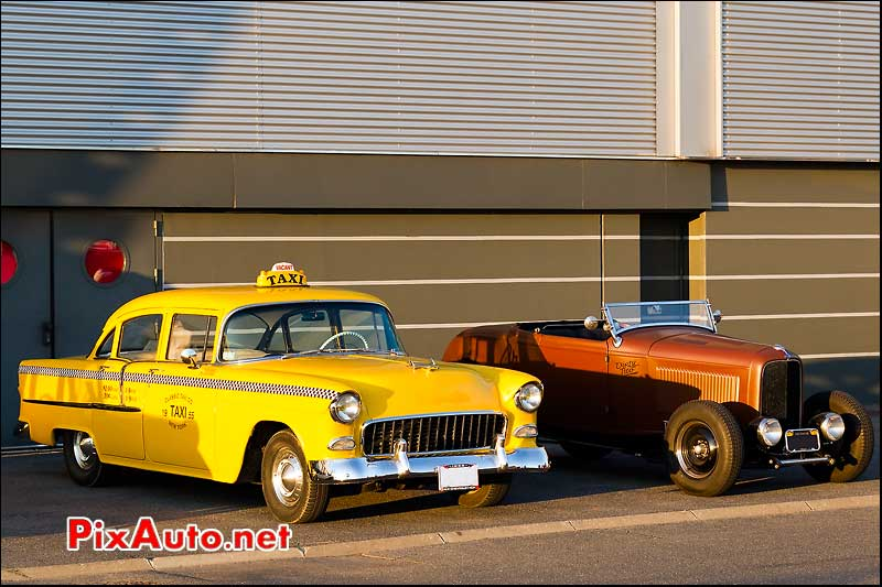 taxi chevy et roadster ford salon automedon