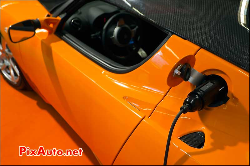 tesla roadster recharge.