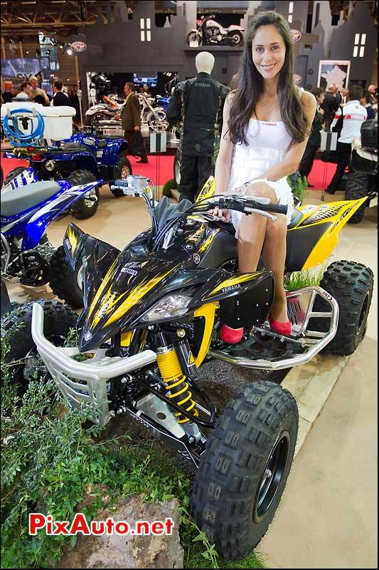 Salon de la moto du scooter et du quad les japonnaises for Hotesse salon moto