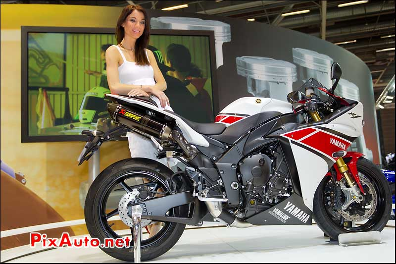 hotesse stand yamaha supersportive yzf r1