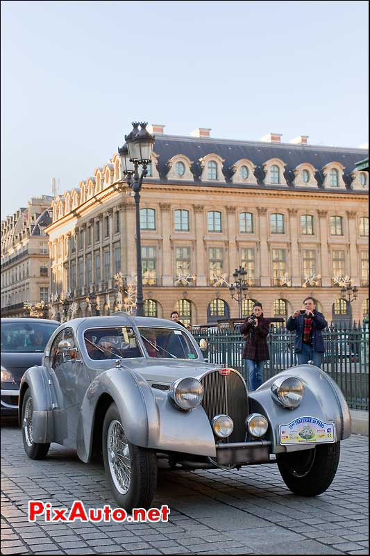 Bugatti 57SC Atlantic traversee de paris