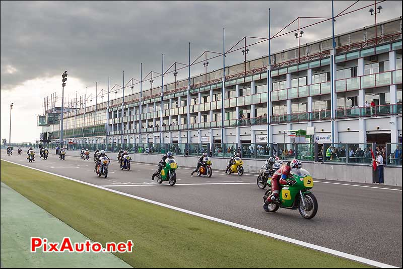 ihro start race 1, circuit Magny-Cours