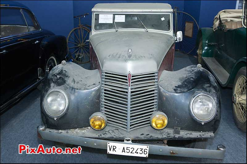 salon retromobile artcurial armstrong siddeley hurricane