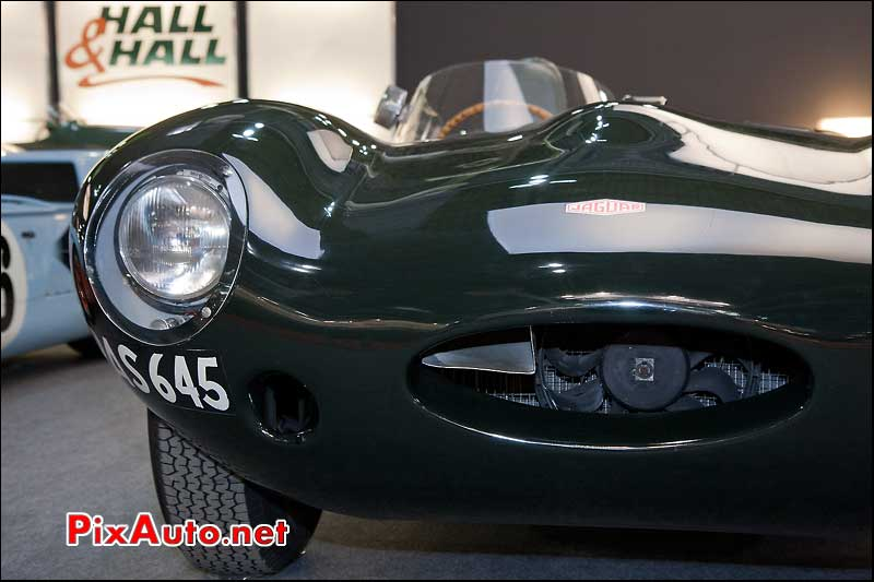 retromobile hall-hall jaguar d-type couleurs british racing green
