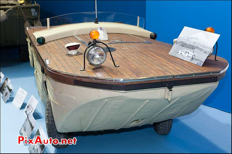 voiture amphibie ford gpa salon retromobile