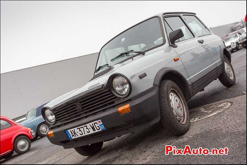 youngtimer autobianchi a112 abarth parking salon automedon