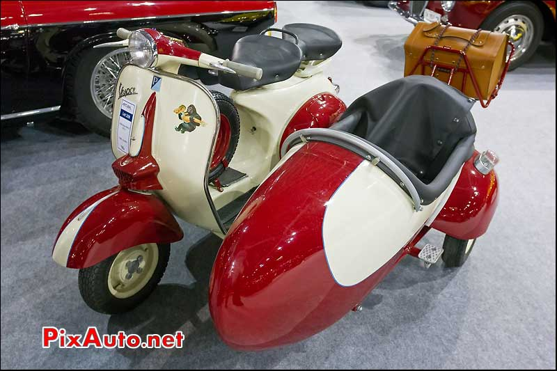 Scooter Vespa avec side-car, Retromobile Artcurial