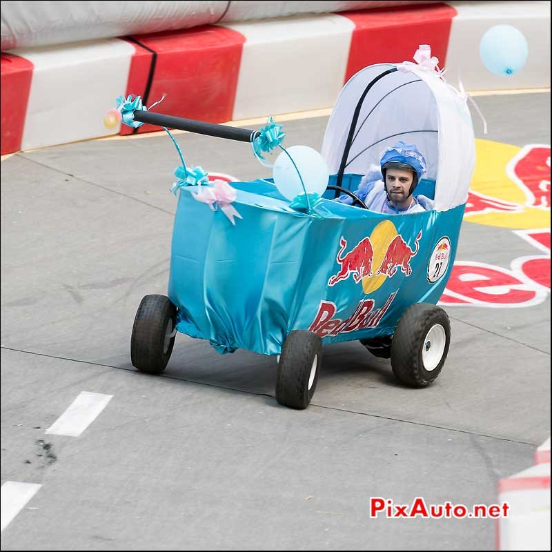Caisse a Savon Red Bull numero 21, Saint-Cloud
