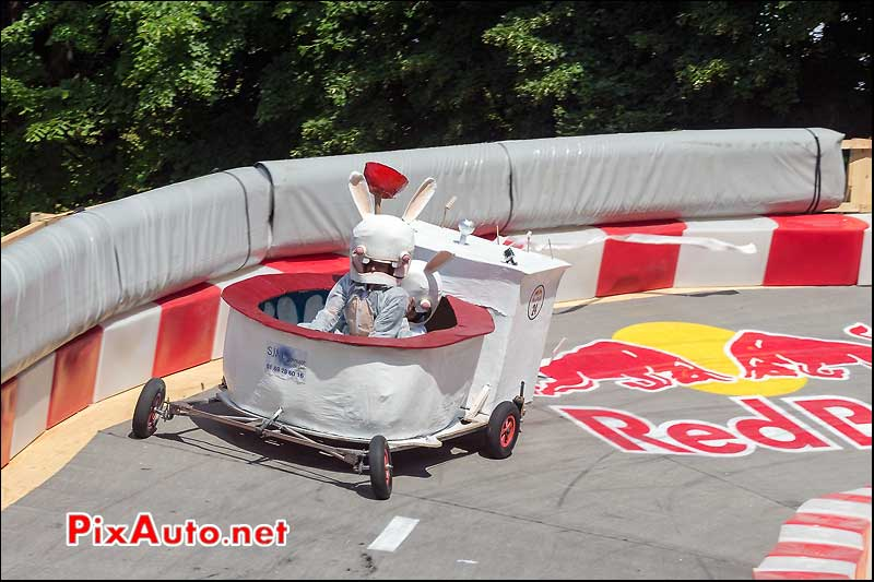 Caisse a Savon Red Bull numero 24, Saint-Cloud