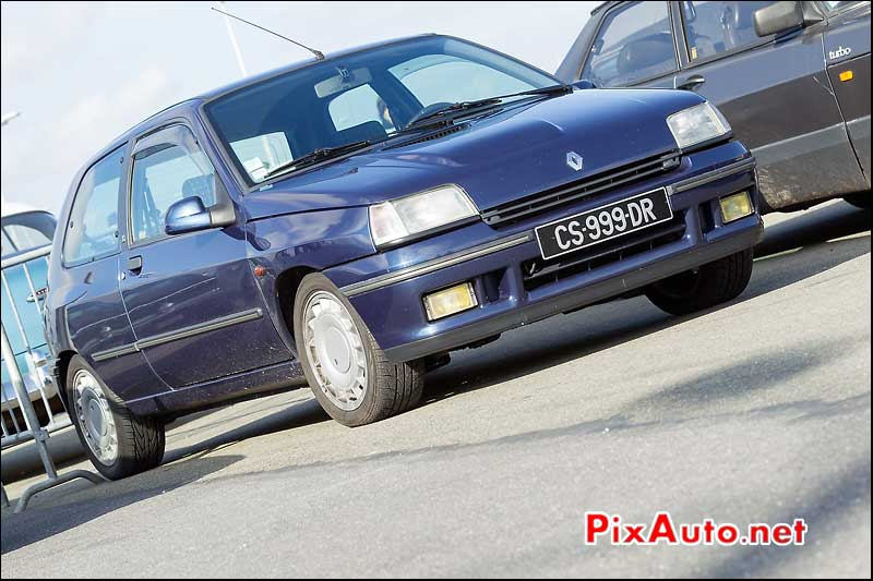 Clio 16s, Parkings Salon Automedon