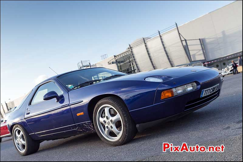 Porsche 928 GTS, Parkings Salon Automedon