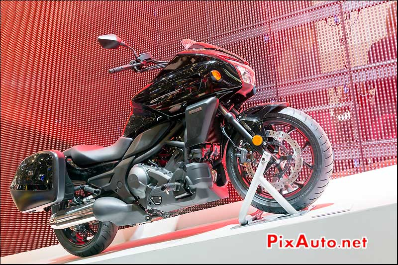 Honda CTX700 black, salon-de-la-moto Paris
