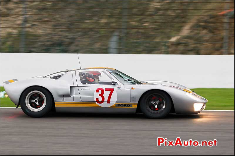 Disques de freins rouges, Ford-GT40, Spa-Six-Hours