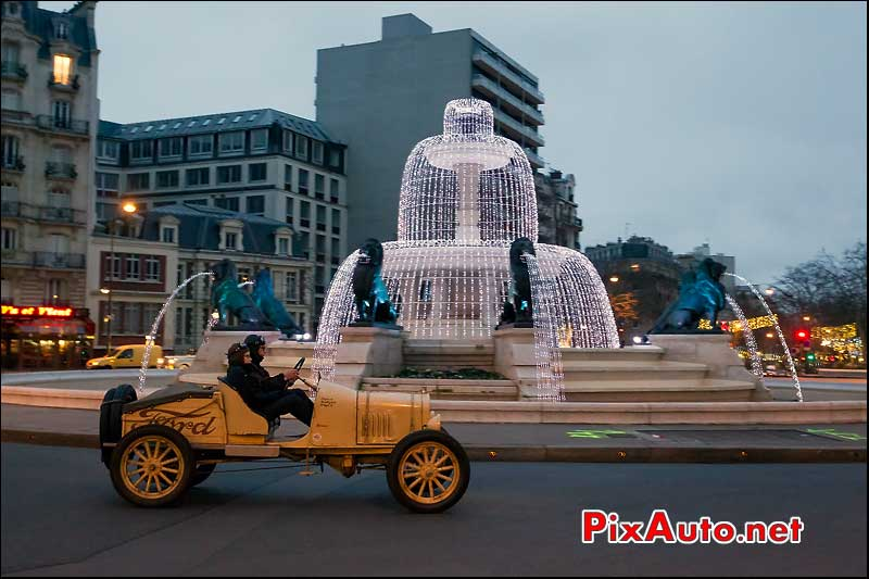 ford-t speedster, place felix eboue, traversee de paris