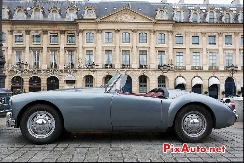 roadster mg-mga, place vendome, traversee de paris 2013