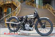 moto Brough-Superior ss100, Exposition Bonhams grand-palais 2013