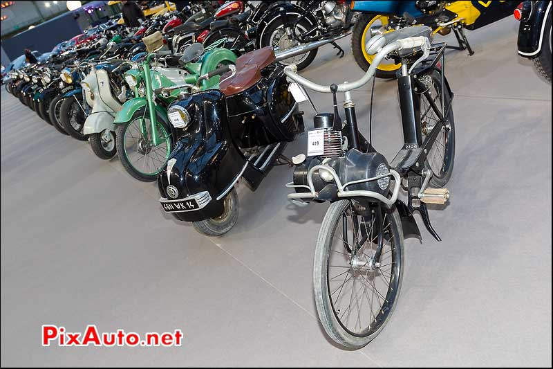 Velosolex 2200, exposition Bonhams grand palais