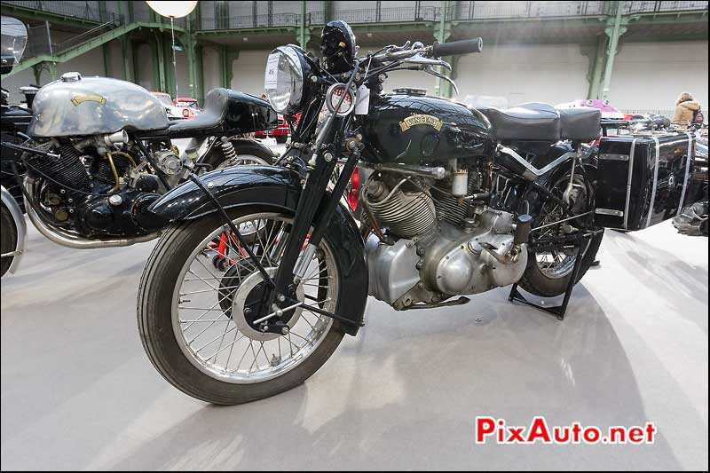 moto Vincent C-Rapide, exposition Bonhams grand palais
