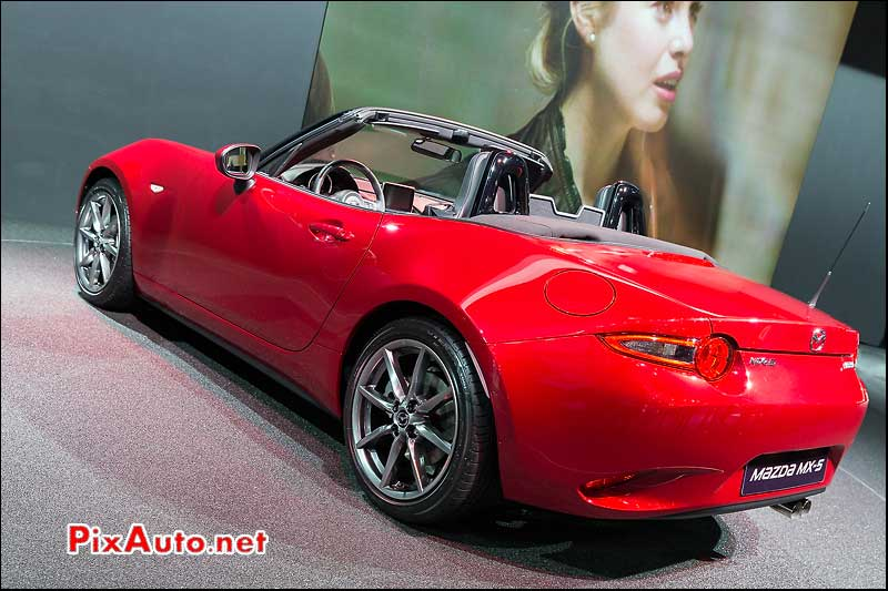 Mondial Automobile Paris 2014, Roadster Mazda MX 5 Arriere
