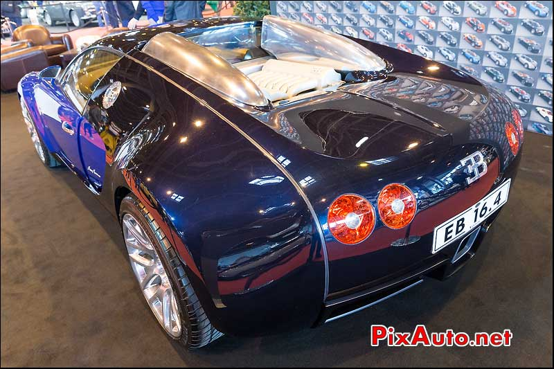 Show Car Bugatti Veyron, salon retromobile 2014