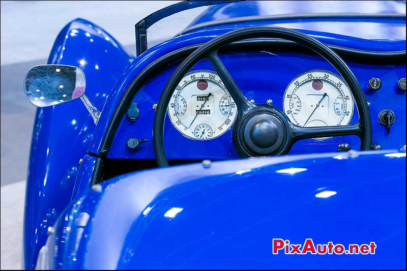 Compteur Roadster 402 Darlmat, Arcurial Salon Retromobile