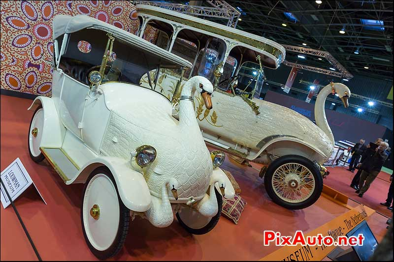 La Cygnet et Brooke Swan, salon retromobile 2014
