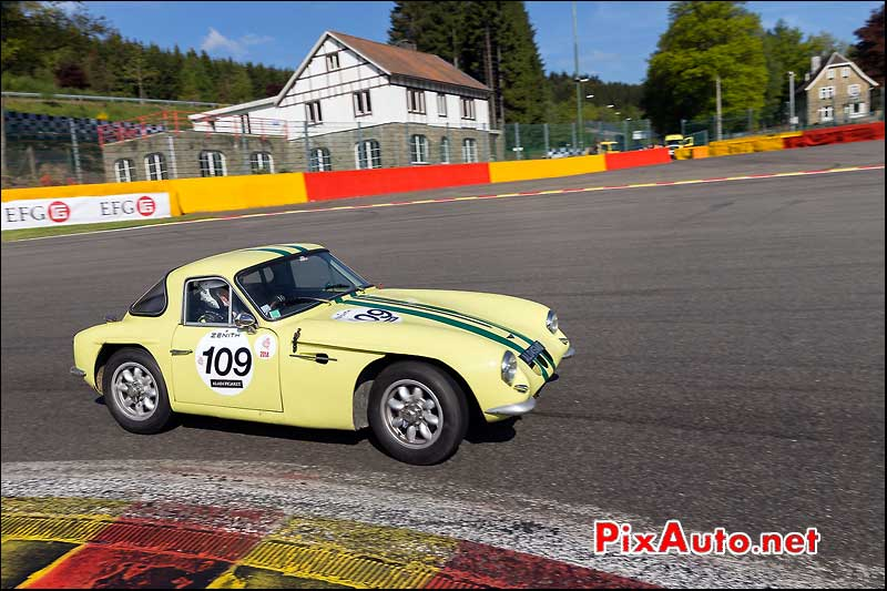 TVR Grantura Mk3, sixties endurance SPA-Classic, virage la source