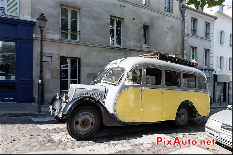 Bus Citroen U23 rue Lepic, Traversee de Paris estivale
