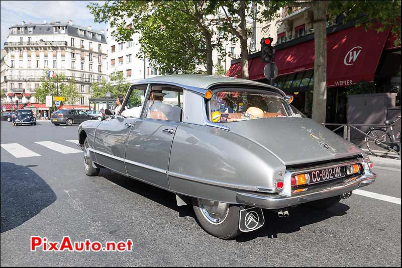 Citroen DS, Traversee de Paris estivale