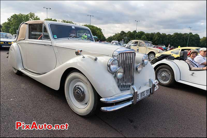 Jaguar Mark V Drophead, Traversee de Paris estivale
