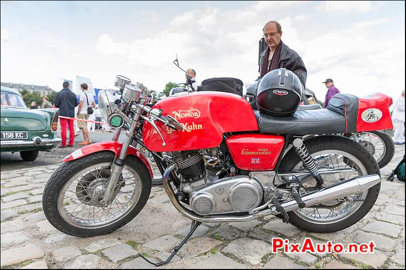 Norton Gus-Kuhn 750 commando, Traversee de Paris estivale