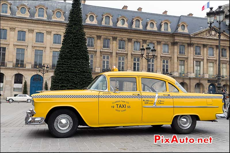 Yellow cab NY, chevrolet, Traversee de Paris 2014