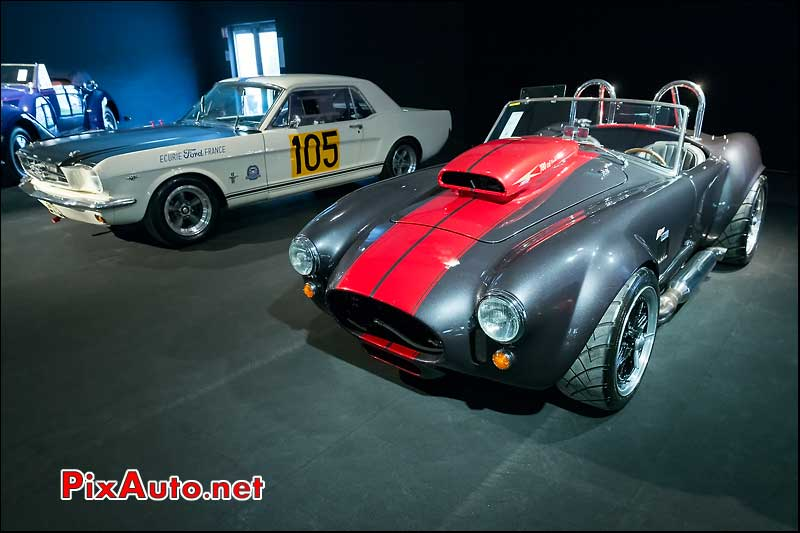 Cobra Weineck et Ford Mustang, RM-Auctions Paris