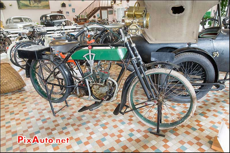 Musee-Automobile-Vendee, Motocyclette Peugeot V2