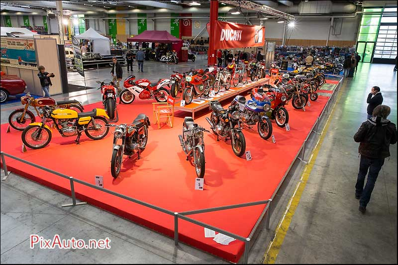 Salon Automedon 2015, podium Ducatiperformanceclub