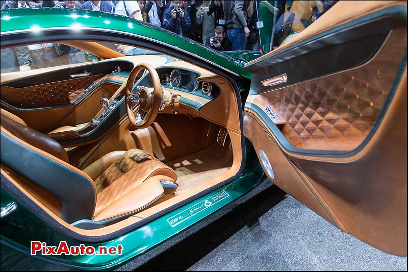 Salon-de-Geneve, Bentley Exp 10 Speed 6 Habitacle