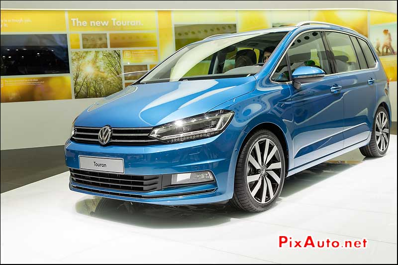 Salon De Geneve, VW New Touran