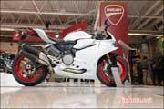 Salon-de-la-Moto 2015, news Ducati 959 Panigale Blanc Artic