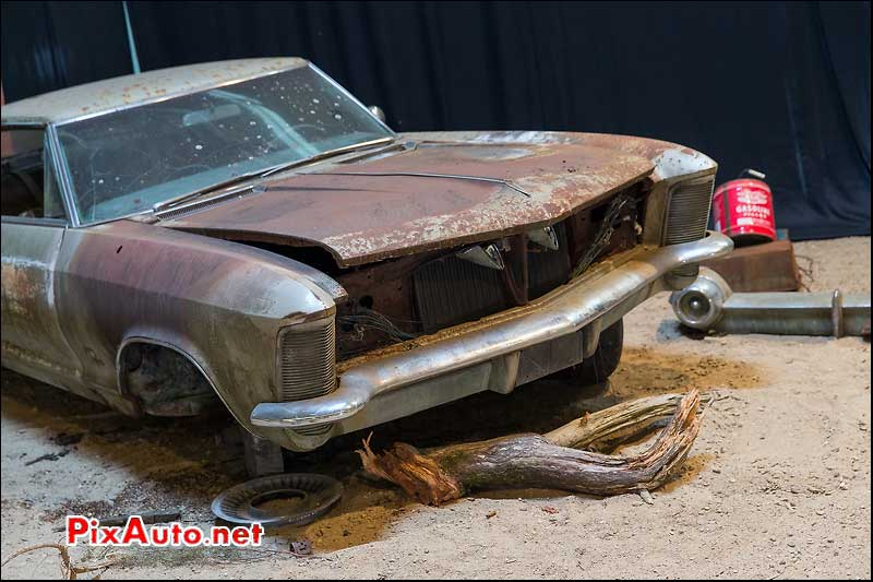 Tours-Motor-Show-2015, Epave Buick Riviera