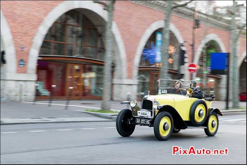 Traversee de Paris, Citroen 5HP Avenue Daumesnil