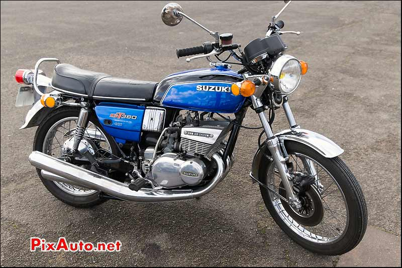 Traversee de Paris, Suzuki GT380