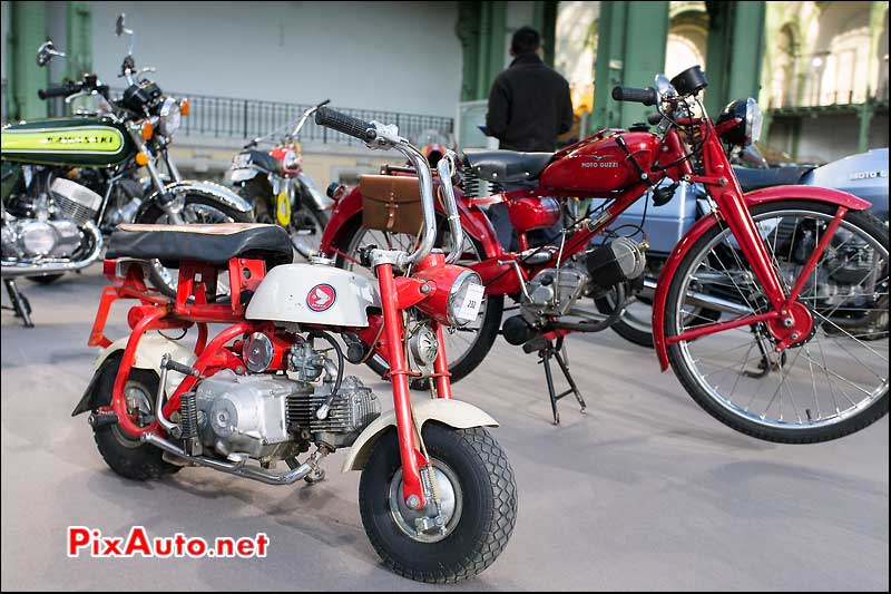 Bonhams Au Grand Palais, Honda Z50M Monkey Bike