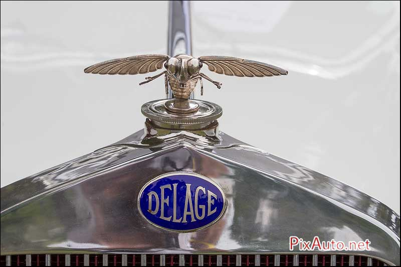 Chantilly-Arts-&-Elegance, Mascotte Abeille Voiture Delage