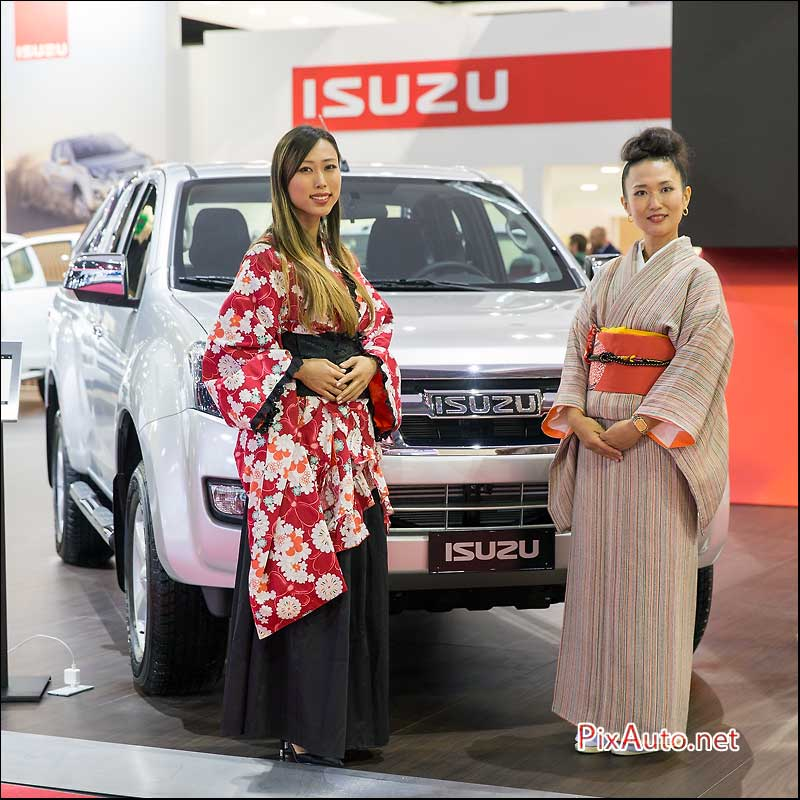MondialdelAutomobile-Paris, hotesses Isuzu